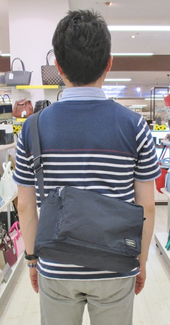 フジタ福島店より 夏の旅行やお出掛けに最適!!「PORTER」テラシリーズの軽量ショルダーバッグ