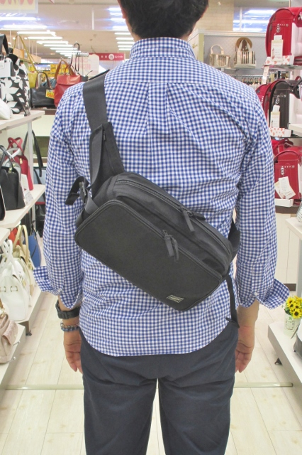 フジタ福島店より 夏の突然の雨にも安心♪「PORTER」ハイブリットシリーズ ウェストバッグ