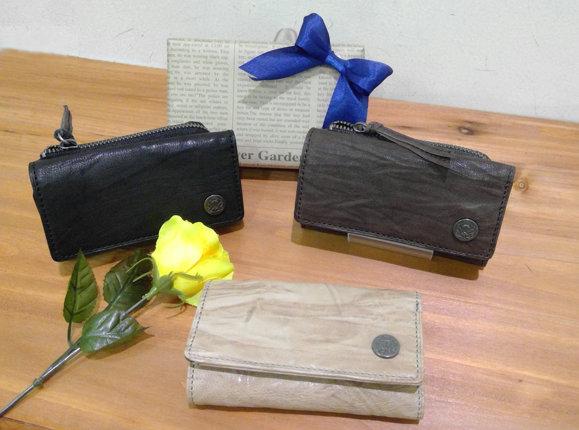 山形フジタ南店より、父の日のプレゼントにおすすめ!お財布にもなっちゃうキーケースをご紹介!!