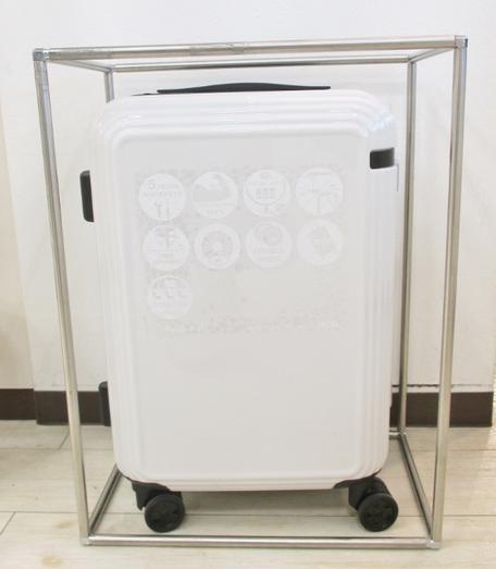 フジタ 福島店より 春先からGWの旅行にも最適!「ace.」ストッパー付スーツケース