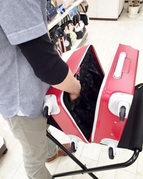 フジタイオン福島店より 母の日のプレゼントにも♪かわいい機内持ち込みスーツケース