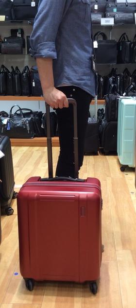 山形フジタ南店 話題騒然!人気スーツケース「ゼログラ」