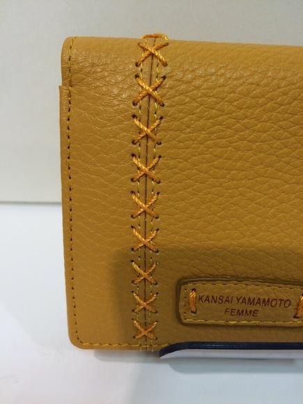 山形市十日町本店より母の日にぴったり「KANSAI YAMAMOTO」の二つ折り財布