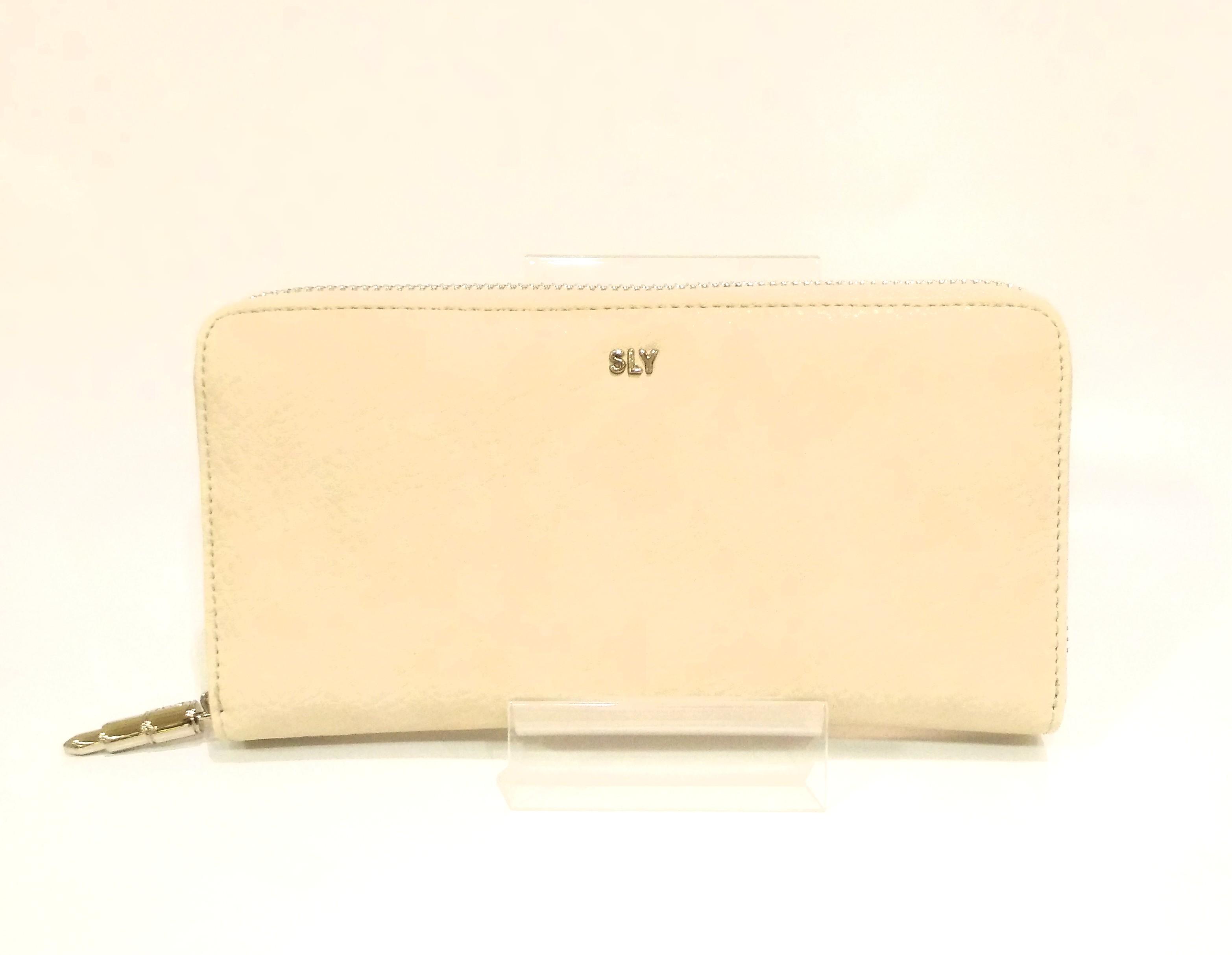 「SLY(スライ)」 ラウンド型長財布